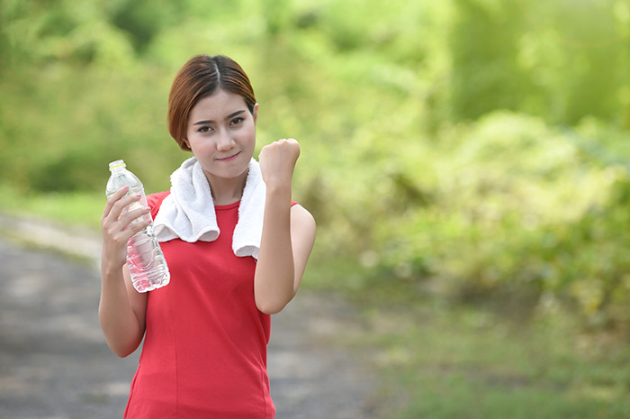 how to lose water weight the right way