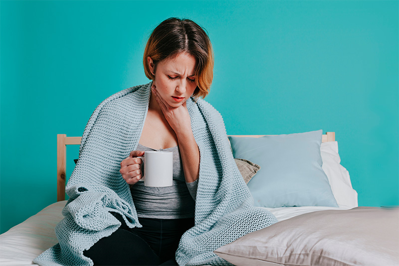 women who has sore throat